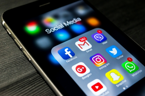 Why Small Businesses Need Social Media